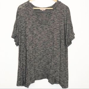 Juicy Couture   Gray Keyhole Asymmetrical Top XL